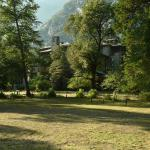 South side view of the Ahwahnee from the meadow