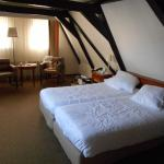 Room 409.  Very large by European standards.  Would stay here again!