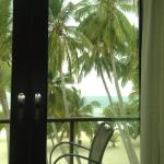 Photo de Kaani Beach Hotel