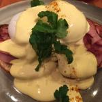 Alto Eggs Benedict Breakfast