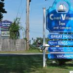 Photo de The Coast Village Inn & Cottages