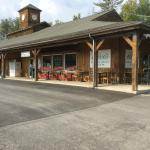 Olive's Country Store & Cafe