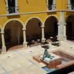 Dining area in the interior courtyard