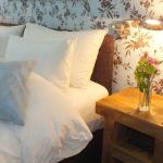 Large Double Room With Super King Bed