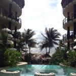 Photo de El Taj Oceanfront & Beachside Condos Hotel
