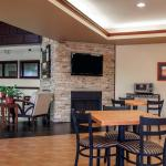 Photo de Comfort Suites Elgin