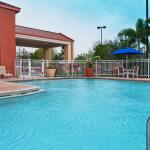 Holiday Inn Express Hotel & Suites Universal Studios Orlando Foto