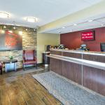 Photo of Red Roof Inn Louisville Airport
