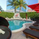 Photo de Red South Beach Hotel