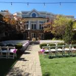 courtyard before the wedding