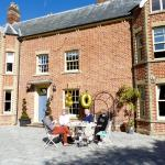 Sun trap celebrations for the Sawyers'