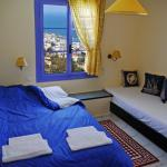 Photo de Korifi Suites Art Hotel