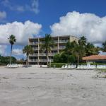 turtle crawl inn resort in longboat key florida