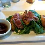 Proscutto and grilled peach spinach salad