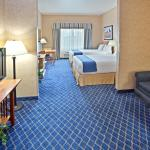 Foto de Holiday Inn Express Hotel & Suites Cheney - University Area