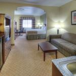 Photo of Holiday Inn Express Hotel and Suites