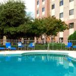 Photo de Courtyard by Marriott Dallas Addison Quorum Drive