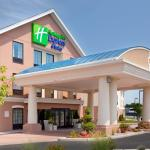 Photo de Holiday Inn Express Hotel & Suites Westfield
