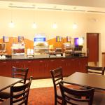 Photo of Holiday Inn Express Hotel & Suites Columbus University Area - OSU