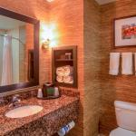 Photo de Holiday Inn Express Hotel & Suites Elk City