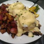 Crab Benedict with mushrooms and onions