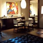 bar and dining area of king executive suite