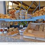 Loooove the bread offered ... excellent choices of german breads !!!