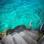 Stairs from the hot tub to the ocean