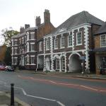The Swan Hotel, Tarporley from the street