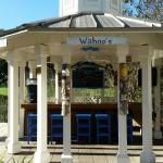 Wahoo's outdoor bar