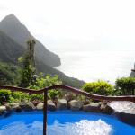 Room M plunge pool and view