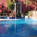Large outdoor pool - cold water