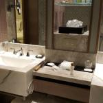 Beautiful Marble Bathrom fit for a king!