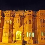 Hotel Lalgarh Fort & Palace
