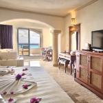 Golden Parnassus Resort & Spa