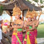 """""""Sekar Jagat"""" Performance by Discovery Talents at Tepan Deck"""