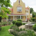 Avondrust Guest House And B&B