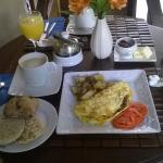 Breakfast on the terrace (USD 14 incl latte): loved it