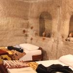 Yasin's Place Backpackers Cave Hotel
