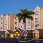 Microtel Inn & Suites By Wyndham Lehigh Lehigh Acres