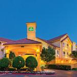 La Quinta Inn & Suites Airport North Hotel