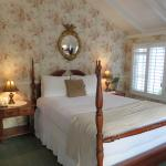 Lovely Knotty Pine room