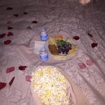 Fast late-night room service!