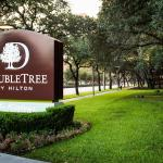 Photo of DoubleTree by Hilton Hotel & Suites Houston by the Galleria