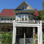 Reynolds House Bed and Breakfast