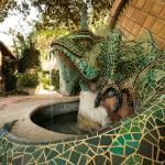 Emerald Iguana Fountain
