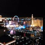 Data Hotel Las Vegas - View of Bellgio Fountains From 45th Floor
