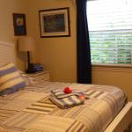 King size bed in Cottage #8