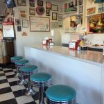Mr. D'z Route 66 Diner - counter