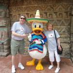 Epcot / Mexico w/ Senor Donald